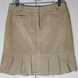 Ann Taylor 100% Suede Leather Skirt 6